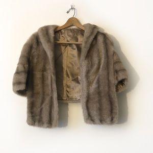 Vintage faux fur Regina Glenara by Glenoit shawl